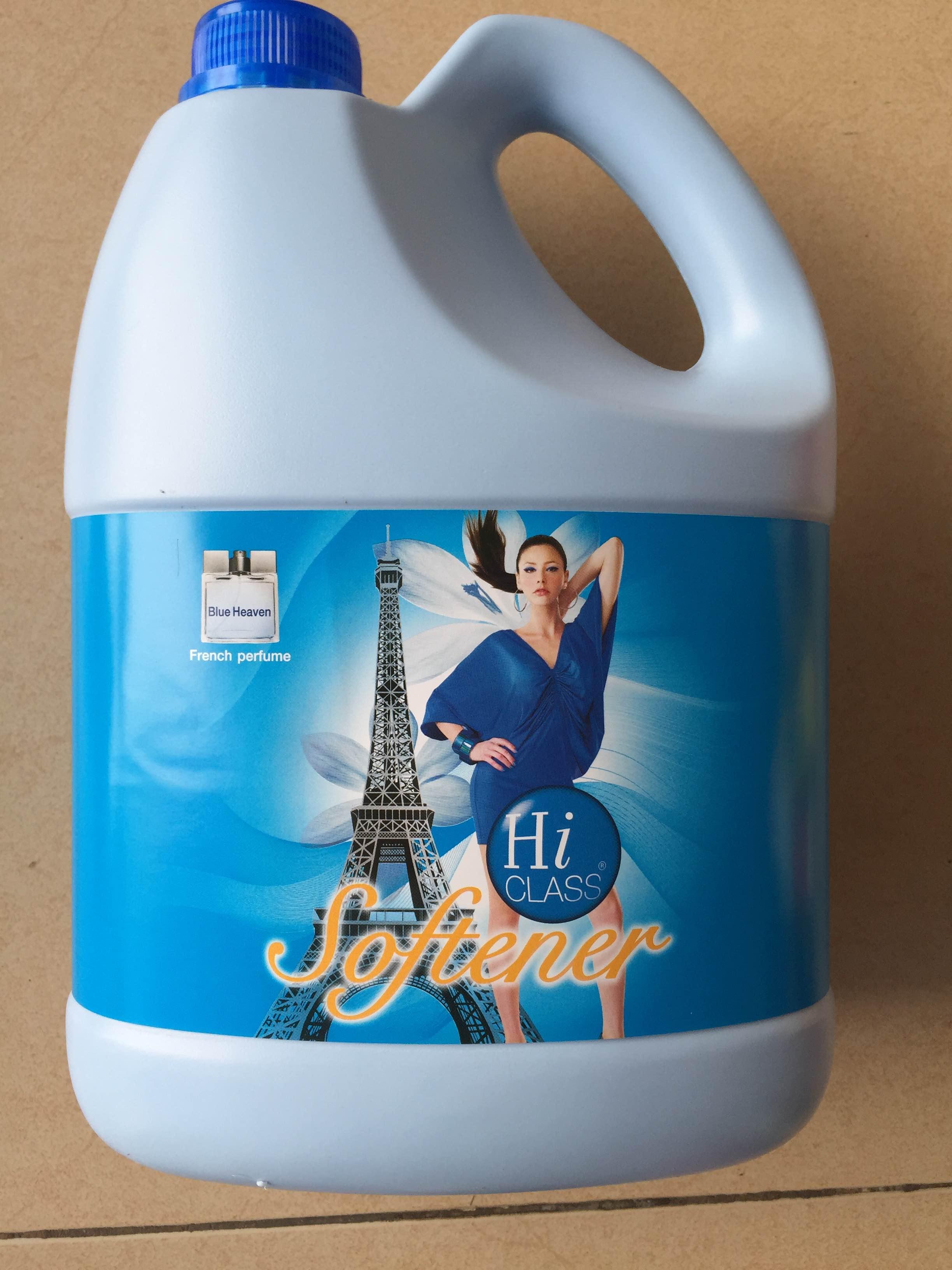 Nước xã mềm vải Hiclass 3800ml (Blue Heaven - xanh)  Dung tích: 3800 ml