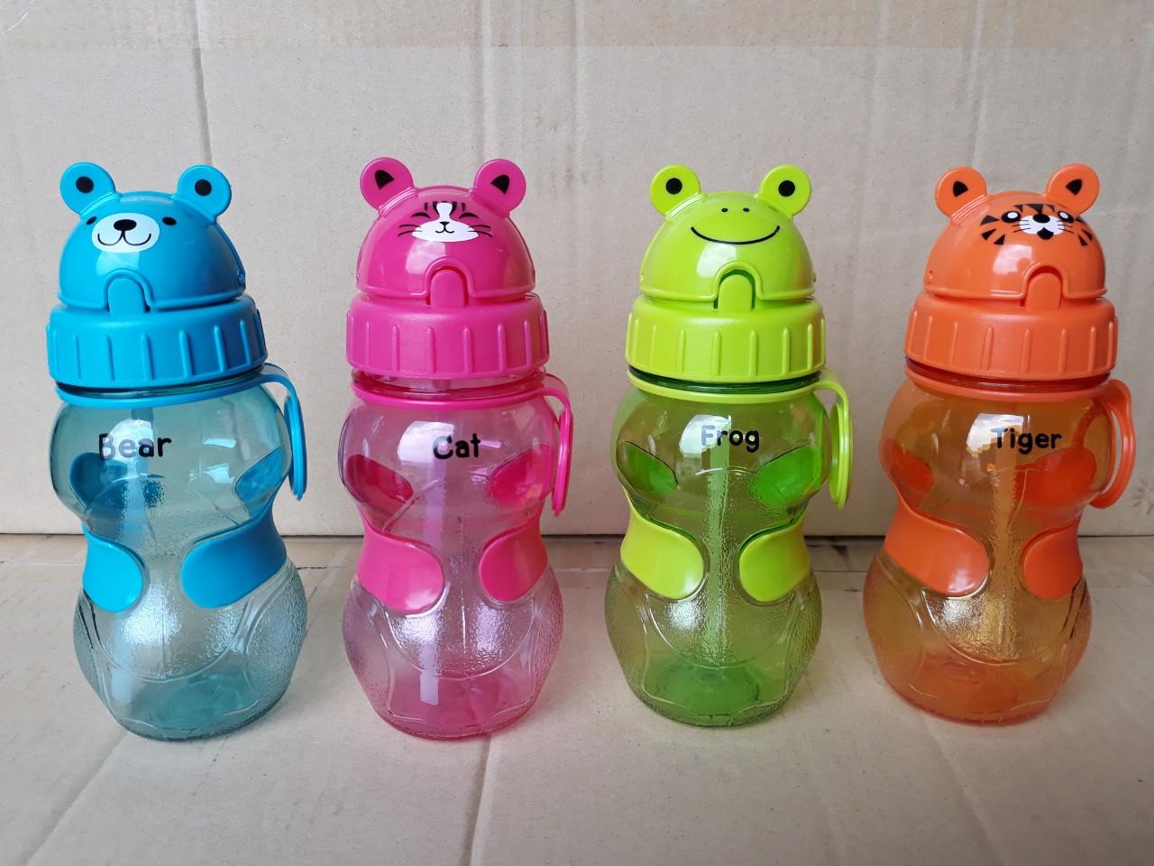 Bình đựng nước trẻ em có vòi hút 350ml (7.5x7.5x18.5cm), mã số: PNP3423/37E-P4